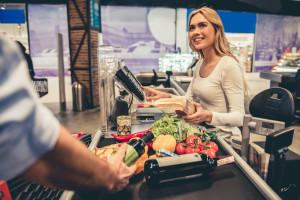 Pracuj.pl: Handlowcy wciąż w centrum uwagi pracodawców