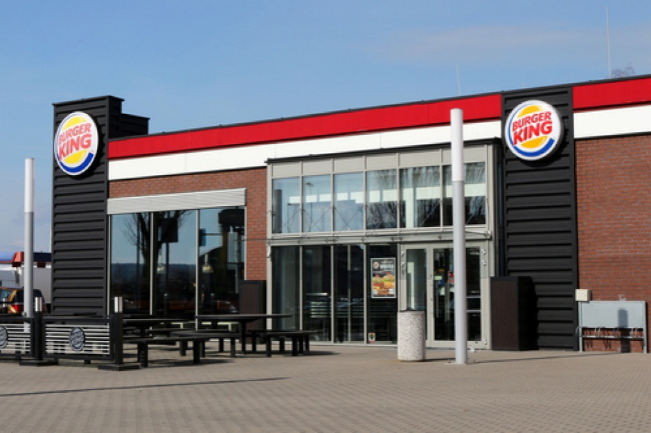 Burger King pokazuje zdjęcia kraks samochodowych by zachęcić do opcji dostawy