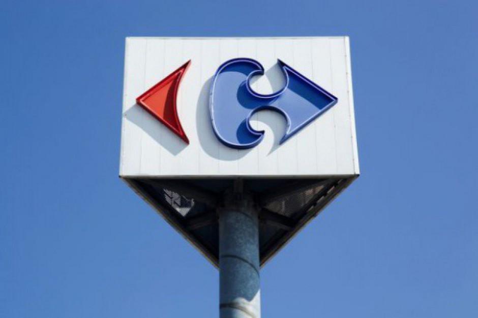 Carrefour darmową dostawą chce przyciągnąć kupujących w internecie
