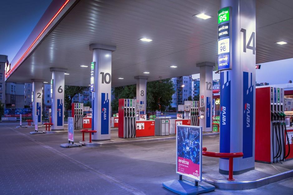Na stacjach Orlen kierowcy mogą płacić za paliwo przy dystrybutorze