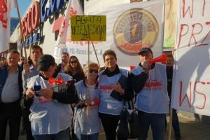 Piotr Duda ostrzega: Spór w Tesco będzie sporem z całą Solidarnością i zyska...