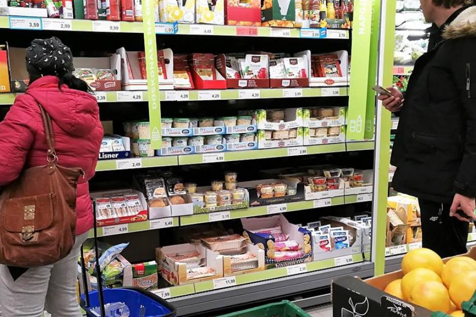 Badanie: Konsumenci nie mają potrzeby szukania informacji o gotowych daniach w sklepach