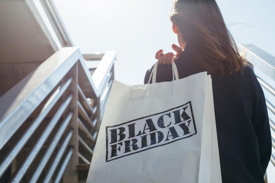 Black Friday:Ponad połowa konsumentów kupuje w tym dniu więcej niż zaplanowała