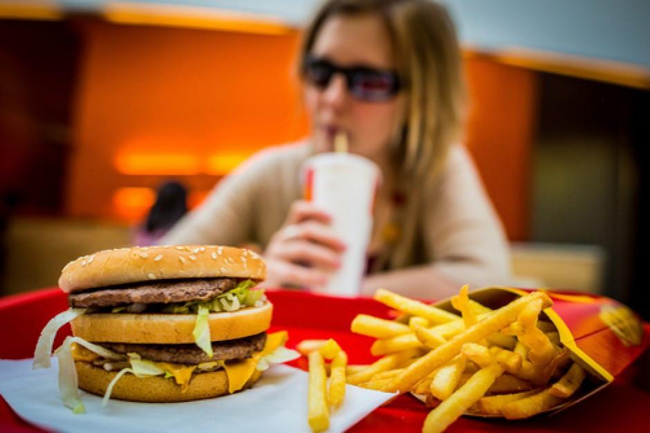 W Londynie będzie zakaz reklamowania śmieciowego jedzenia