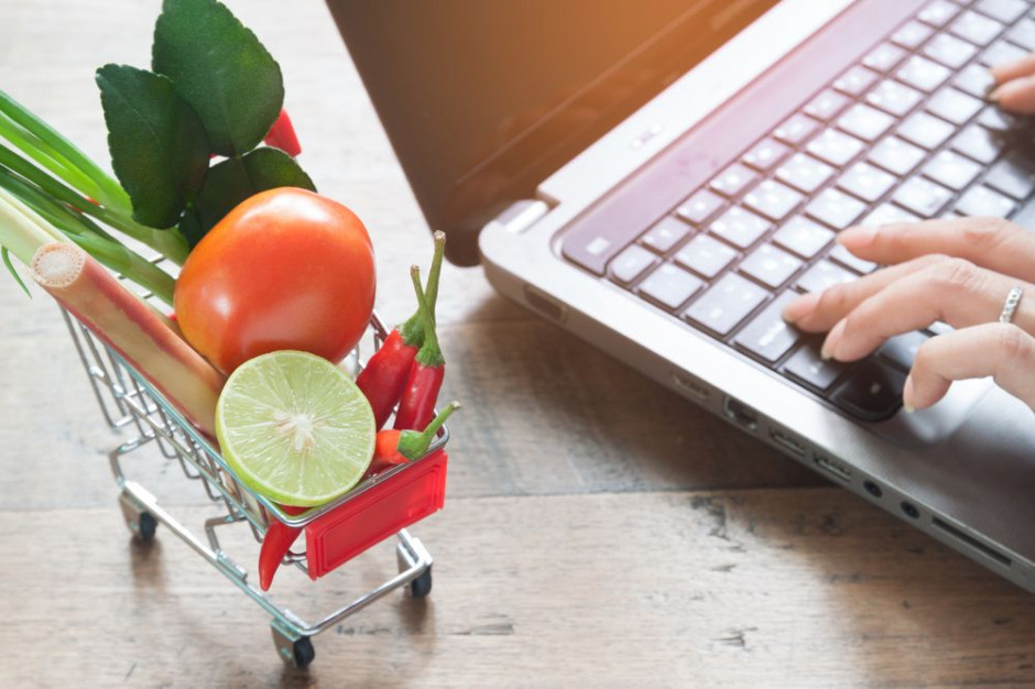 Co czwarty Polak kupuje żywność w internecie