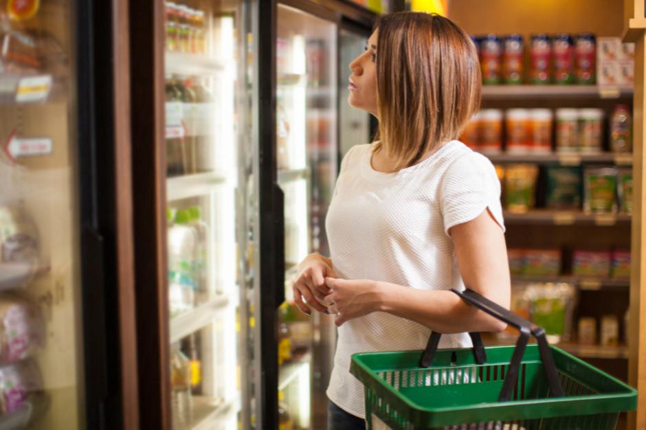 Badanie ZPP o zakazie handlu: Pracownicy sklepów są przeciwni regulacjom