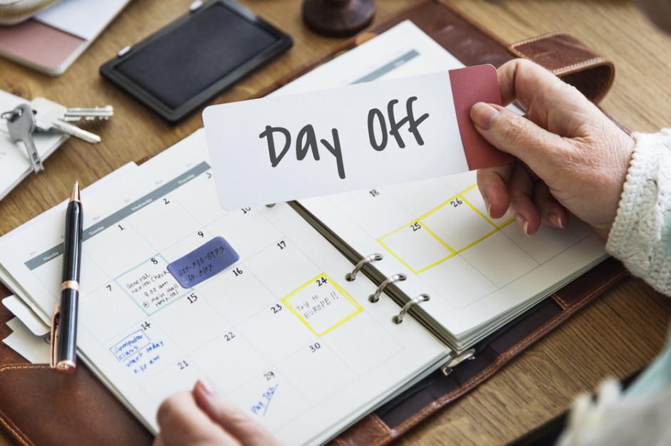 Siedem długich weekendów i blisko 30 dni bez pracy w 2019 roku