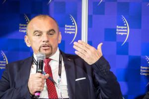 Bujara o badaniach nt. zakazu handlu: Mogą wprowadzać w błąd