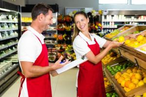 Sprzedaż w małych sklepach spadła miesiąc do miesiąca o ponad 9 proc.
