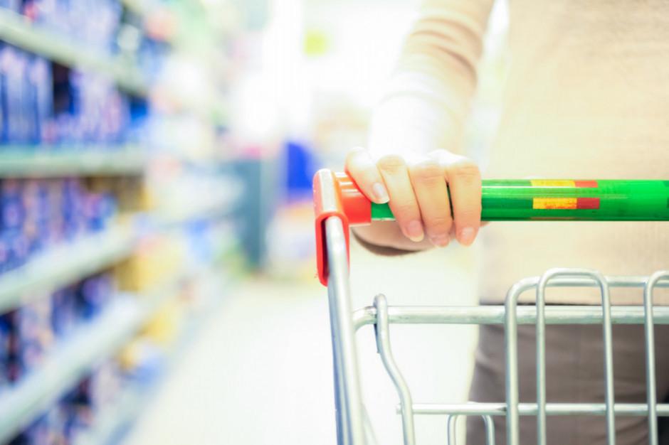 Grudzień w handlu: Stokrotka i CCC na zakupach, Lidl stawia na e-commerce