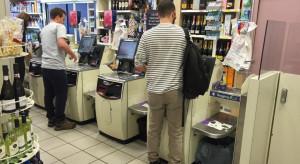 64 proc. kasjerów uważa, że samoobsługowe kasy zabiorą im pracę