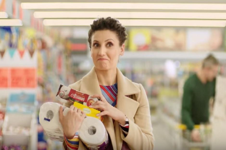 Nielsen: Dyskonty dzięki reklamie poradziły sobie z zakazem handlu w niedziele
