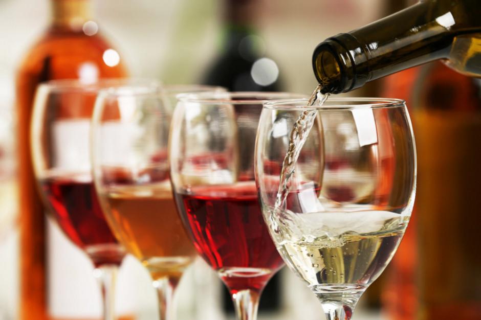 ZP PRW: W 2018 roku Polacy zaczęli kupować wina ze średniej półki