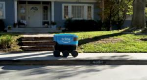 Roboty dostarczą paczki klientom Amazona (video)