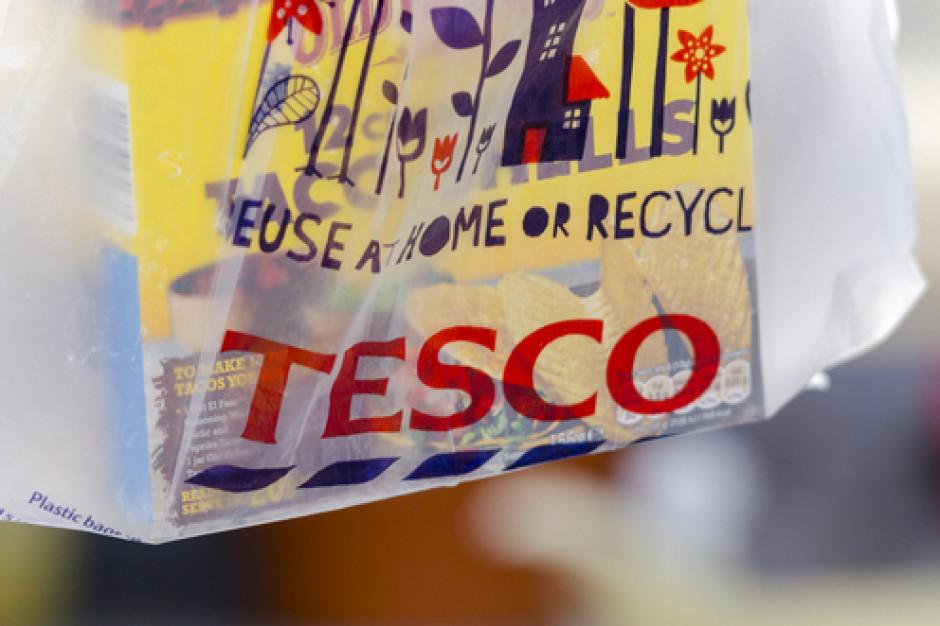 Zwalniani pracownicy Tesco otrzymają dodatkowo jedną pensję