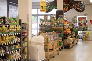 Carrefour przekazuje supermarkety franczyzobiorcom