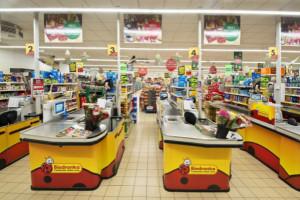 Kierownicy Biedronki mają zakaz ewakuacji sklepu w przypadku alarmu bombowego