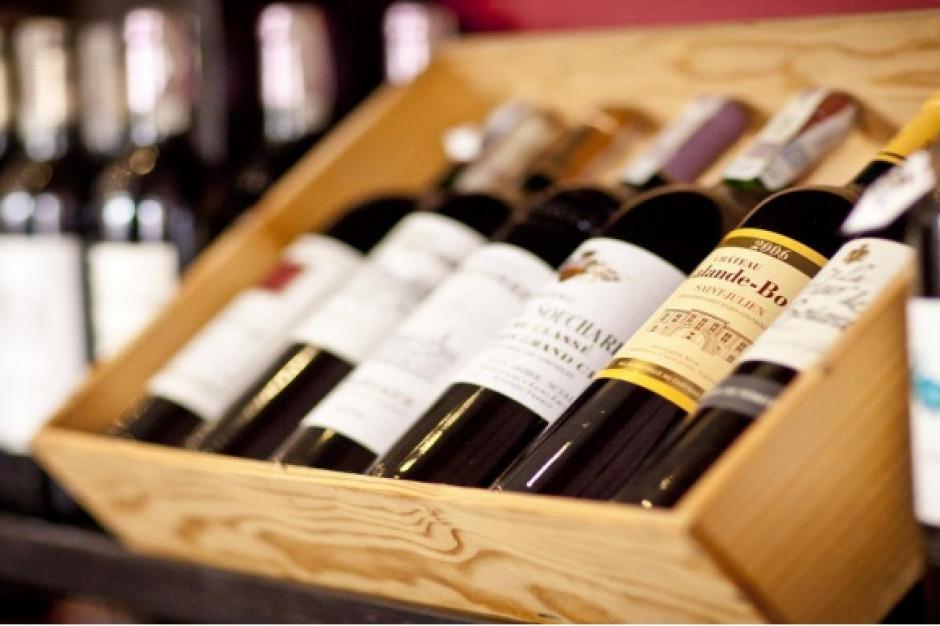 Ambra: Najbardziej rosła sprzedaż win musujących i spokojnych oraz alkoholi wysokoprocentowych