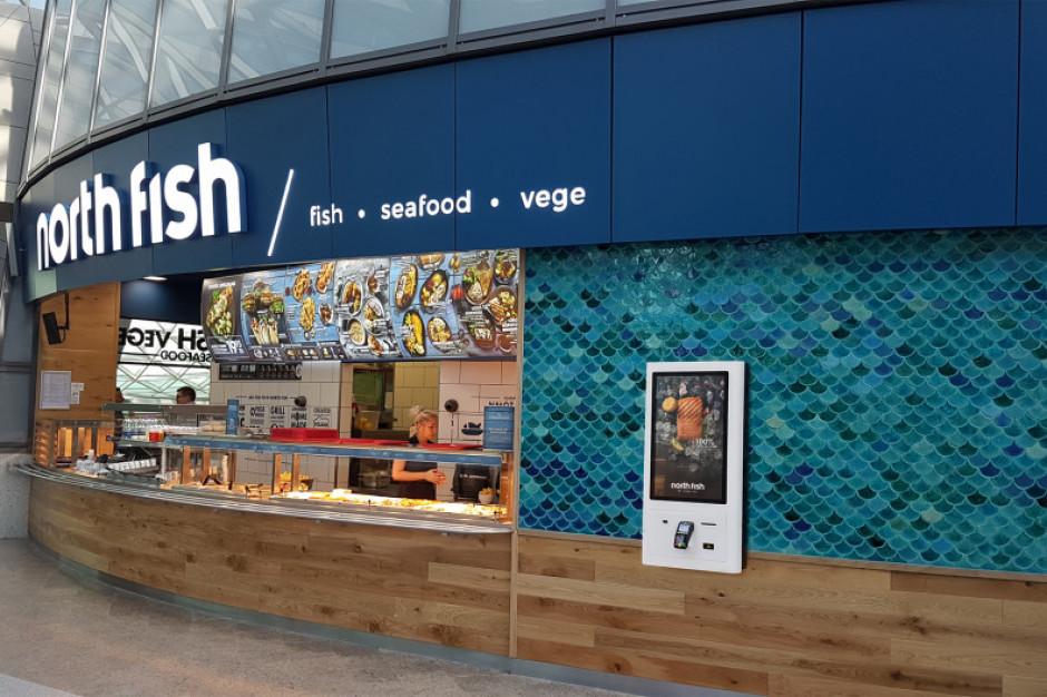 Połowa restauracji North Fish z nowym logo