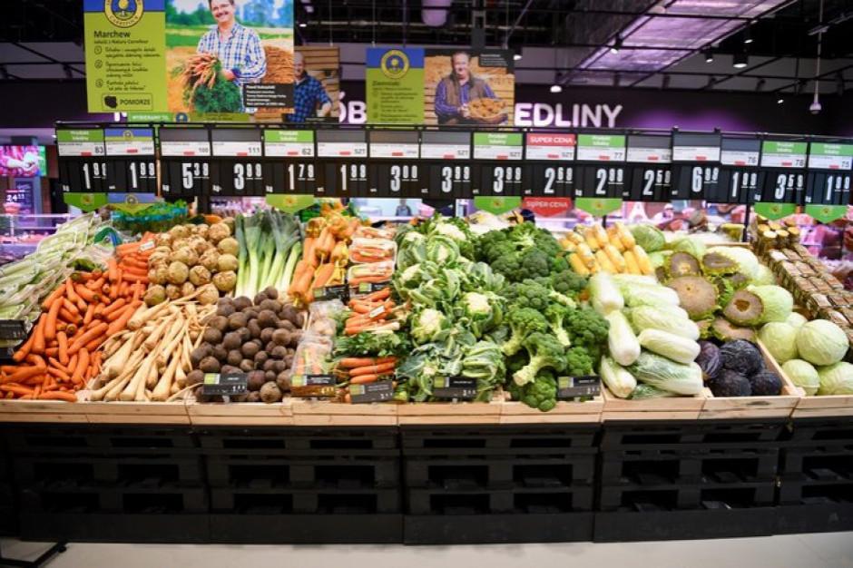Sklepy Carrefour w sześciu lokalizacjach po Piotrze i Pawle
