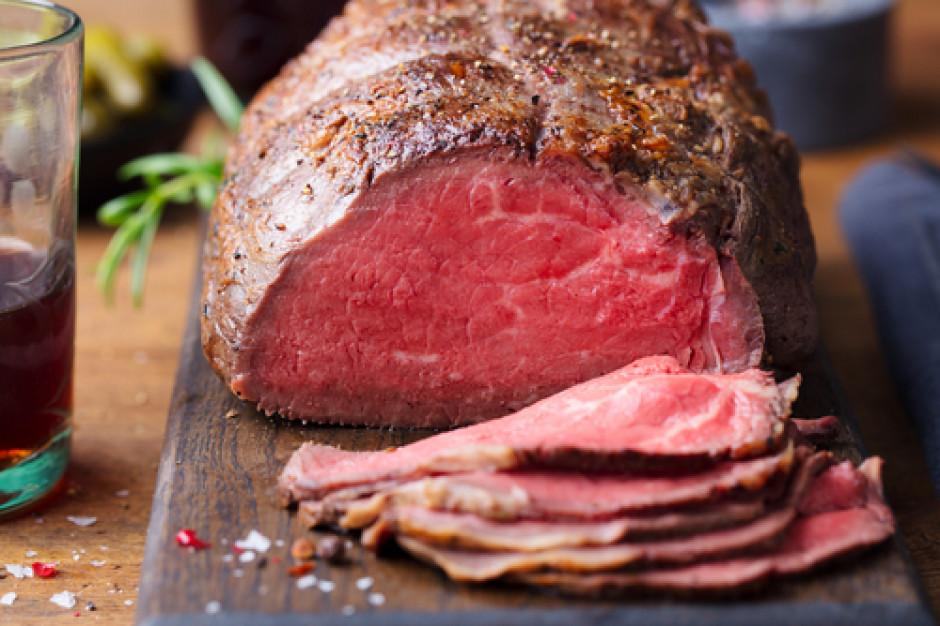 Polacy po mięso w promocji najczęściej chodzą do dyskontów. Głównie po wołowinę i drób