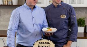 """Bracia Koral z kulinarnym show """"Pyszne studio"""" na kanale YouTube"""