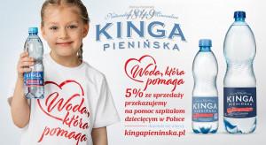 Anna i Robert Lewandowscy w reklamie akcji Kingi Pienińskiej