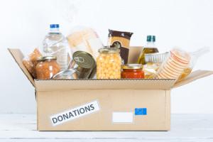 Sklepy przekazały Bankom Żywności 10 tys. ton jedzenia o wartości 100 mln zł