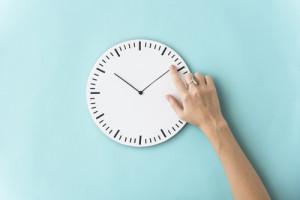 Polacy chcą likwidacji zmiany czasu