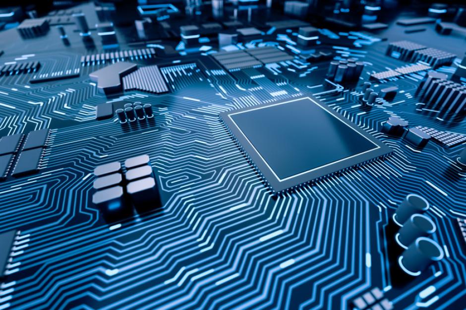 Coraz więcej firm rozważa wszczepianie chipów pracownikom