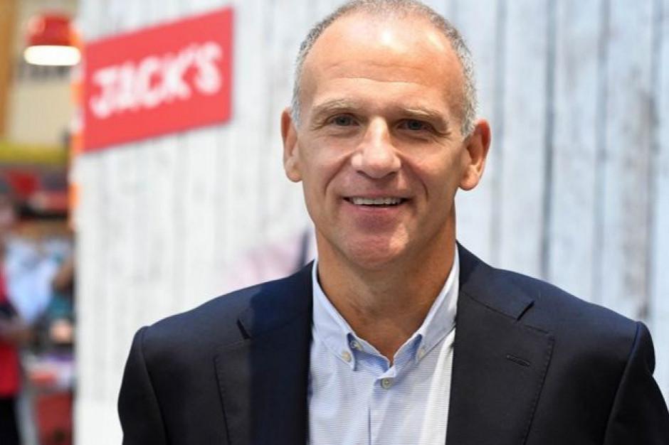 Pensja szefa Tesco maleje...Dave Lewis zarobił w 2018 r. 4,6 mln funtów