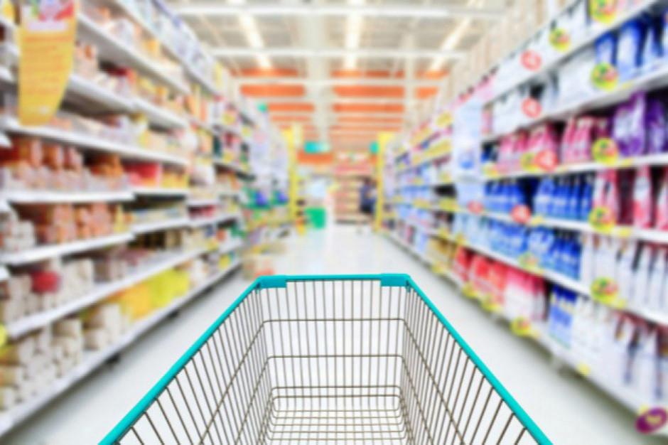 Koszyk cen: Rachunek za zakupy w hipermarketach wyższy o 10 zł rdr.