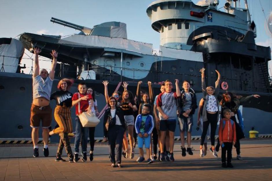 """Podopieczni Fundacji """"Wawel z rodziną"""" wzięli udział w Runmageddonie"""