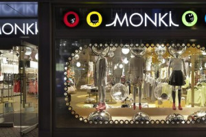 Monki debiutuje w Krakowie