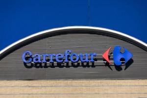 Carrefour uczy pracowników empatii. 15,5 tys. pracowników w Polsce przejdzie...