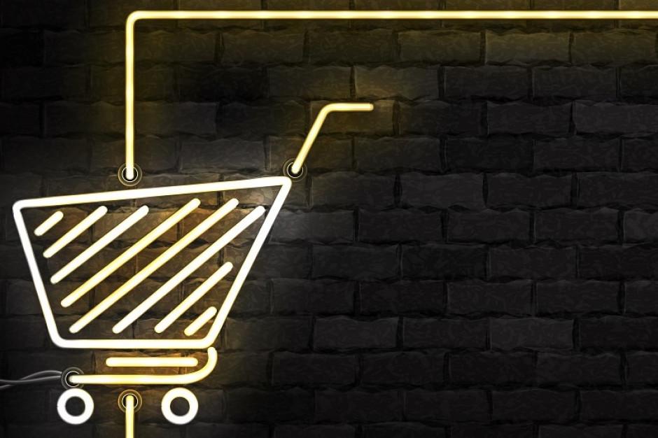 """Lipiec w handlu: UOKiK mówi """"tak"""" przejęciu Piotra i Pawła, Tesco wchodzi w mniejszy format, KE apeluje ws. podatku"""