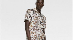 """Zara sprzedaje """"koszulę z bambusem"""". To kolejna wpadka tej marki"""