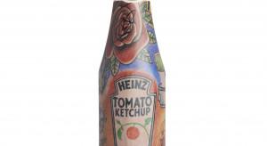 Tatuaże Eda Sheerana na butelkach ketchupu Heinz
