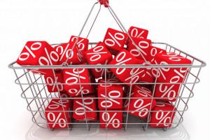 Badanie: 52 proc. Polaków kupuje głównie na promocjach. Oszczędzają na napiwkach