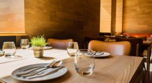 Polacy chodzą coraz częściej do restauracji i wydają coraz więcej na jeden posiłek