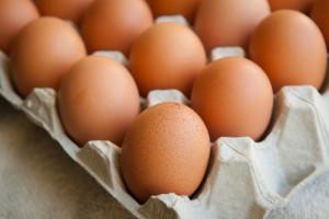 """Biedronka wycofa wszystkie jajka """"trójki"""" do końca 2025 roku"""