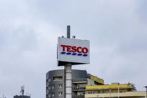 Tesco sprzeda 73 nieruchomości, głównie w Polsce