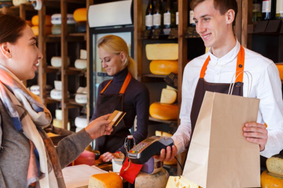 Badanie Randstad: Największa rotacja jest wśród sprzedawców, kasjerów i inżynierów