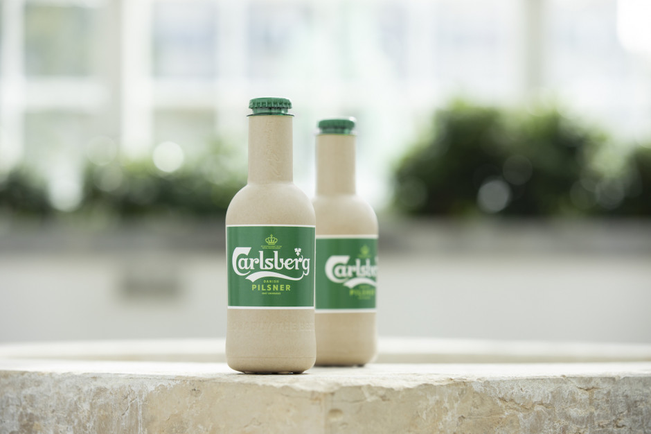 "Carlsberg pracuje nad ""papierową"" butelką na piwo"