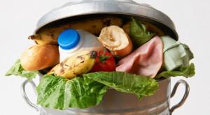 Badanie: Polak co roku wyrzuca do śmieci 54 kg odpadów spożywczych