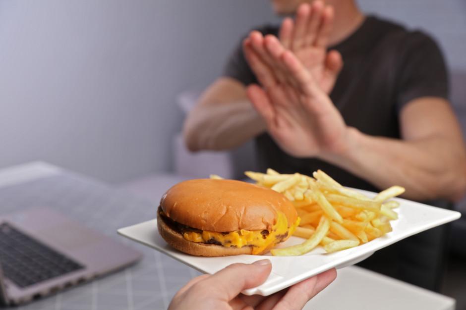 Szczupłe dzieci mieszkają dalej od fast-foodów
