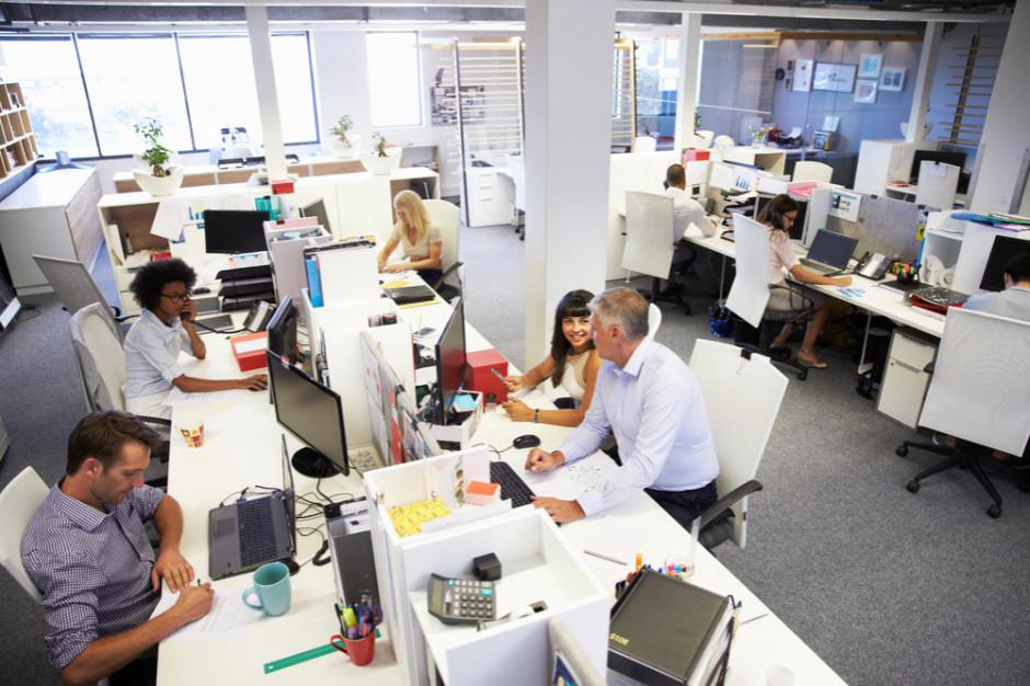 Praca w polskich firmach przestała być obciachem