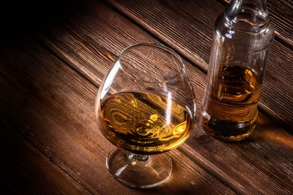 Pracownik hipermarketu kradł tylko wykwintny alkohol