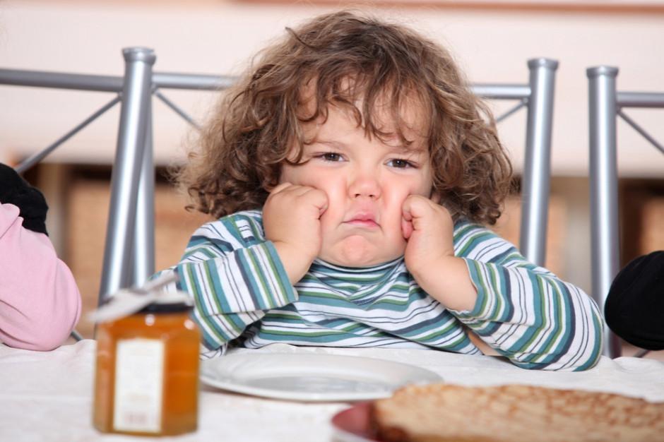 Otyłość dziecięca - potrzebna szeroka edukacja i podatek od cukru