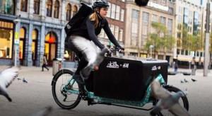 H&M z usługą ekologicznej dostawy